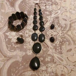 Royal Necklace Set